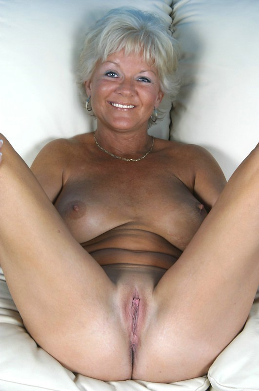 Hot mature porn videos